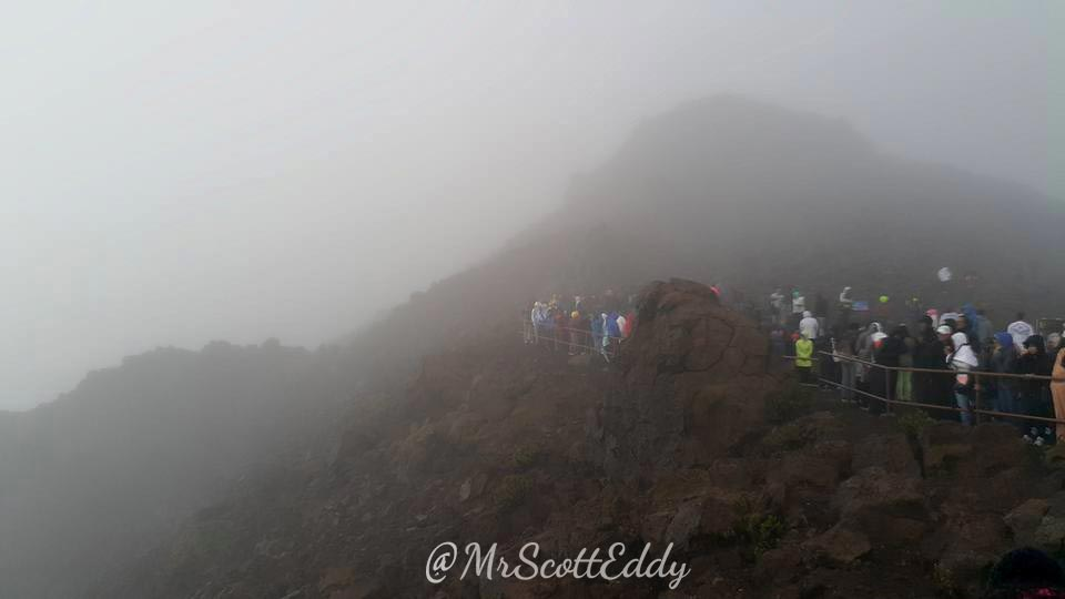 mrscotteddy-maui-hawaii-trip-volcano-crater-3